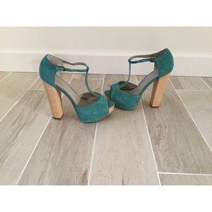 Hinge turquoise open toe platforms